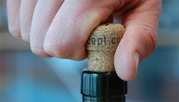 Keeping cork relevant in the screw-cap age - Drink Stuff SA